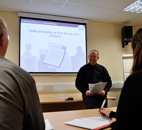 Instructor presenting IOSH Working Safely course